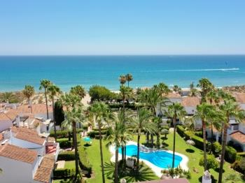 1176 beach front 2 pools Bahia - Apartment in Marbella
